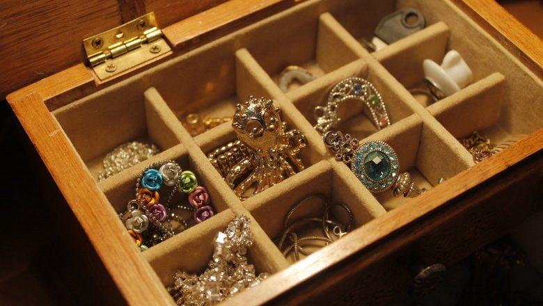 Zalety biżuterii modułowej